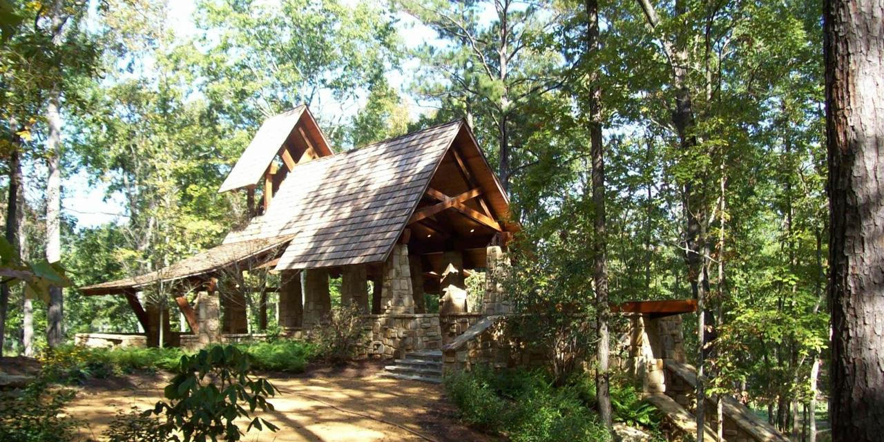 Sterret: Sunshine Farms Chapel