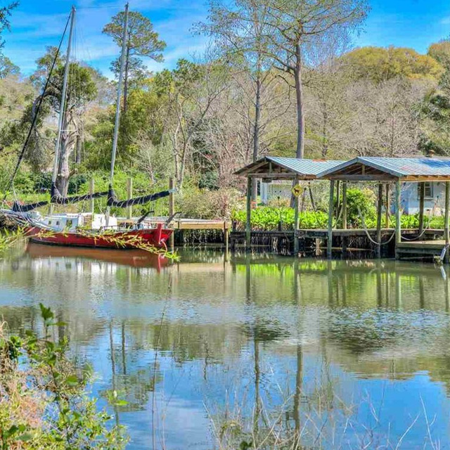 Magnolia Springs: Historic District